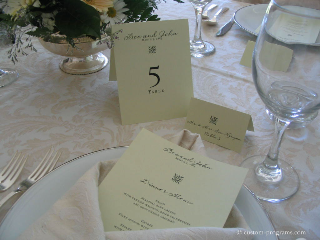 printed menu card, table card and placecard